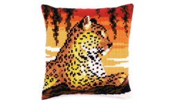 Leopard Large Holed Tapestry Kit - Vervaco